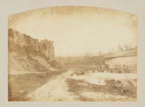 F.T., Chemin de l'étang de Roche,  s.d. vers 1874-1888.  Épreuve sur  papier albuminé,  25x37cm. Coll. part.